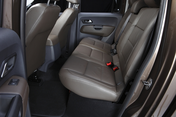 Volkswagen Amarok Ultimate rear seats