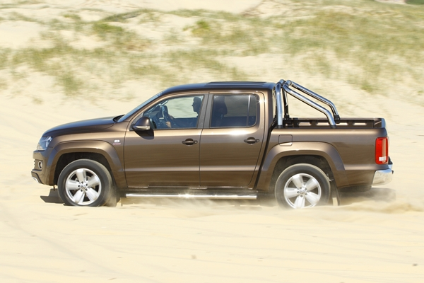 Volkswagen Amarok Ultimate side view