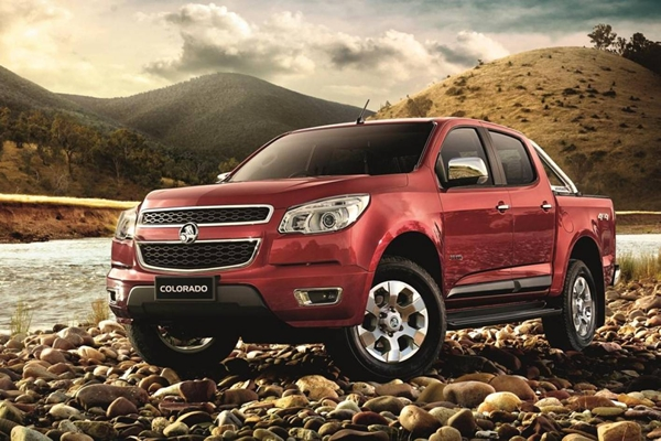 Holden Colorado 2012 front view 600