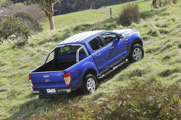 Ford Ranger XLT 3.2L 6 Speed Manual country 2