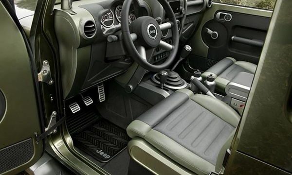 Jeep Gladiator concept Wrangler Ute 1