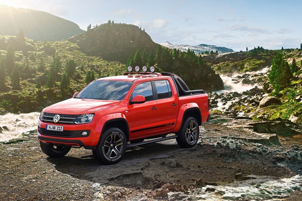 VW Amarok Canyon CONCEPT at Geneva Motor Show 2012