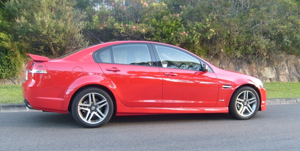 Holden Commodore SV6 on Chloe's Defensive Driving Course