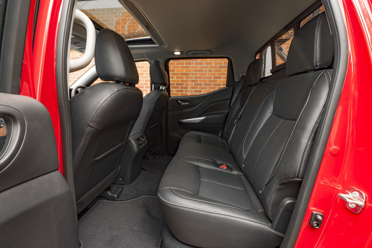 2018 Nissan Navara ST-X rear seats