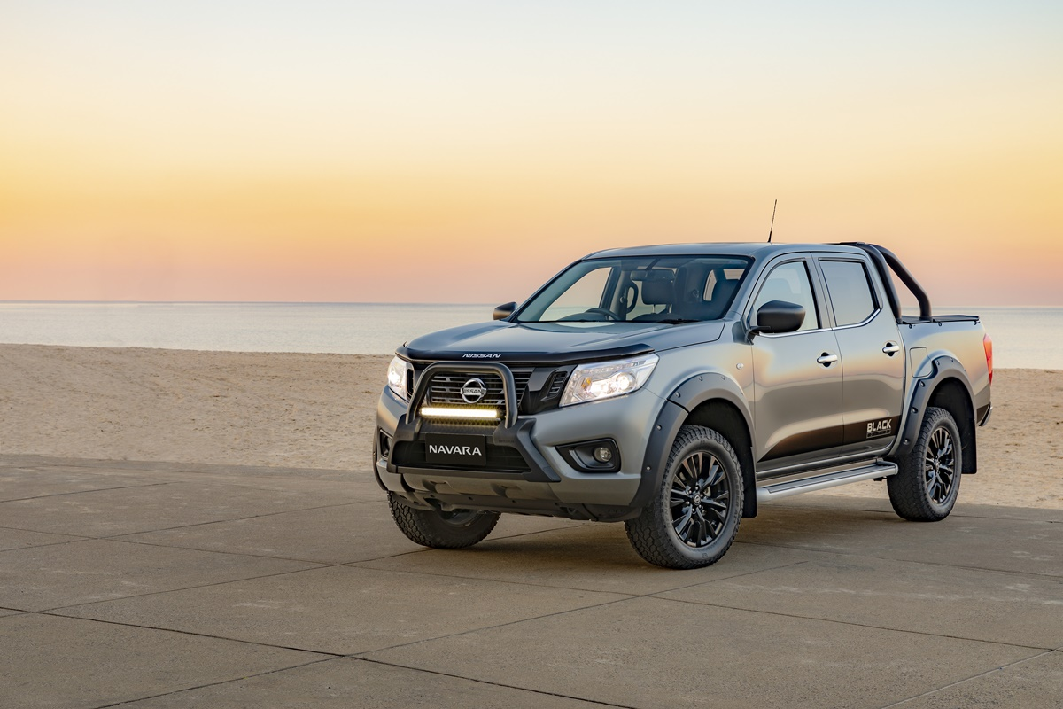2018 black edition nissan navara st ute guide. Black Bedroom Furniture Sets. Home Design Ideas