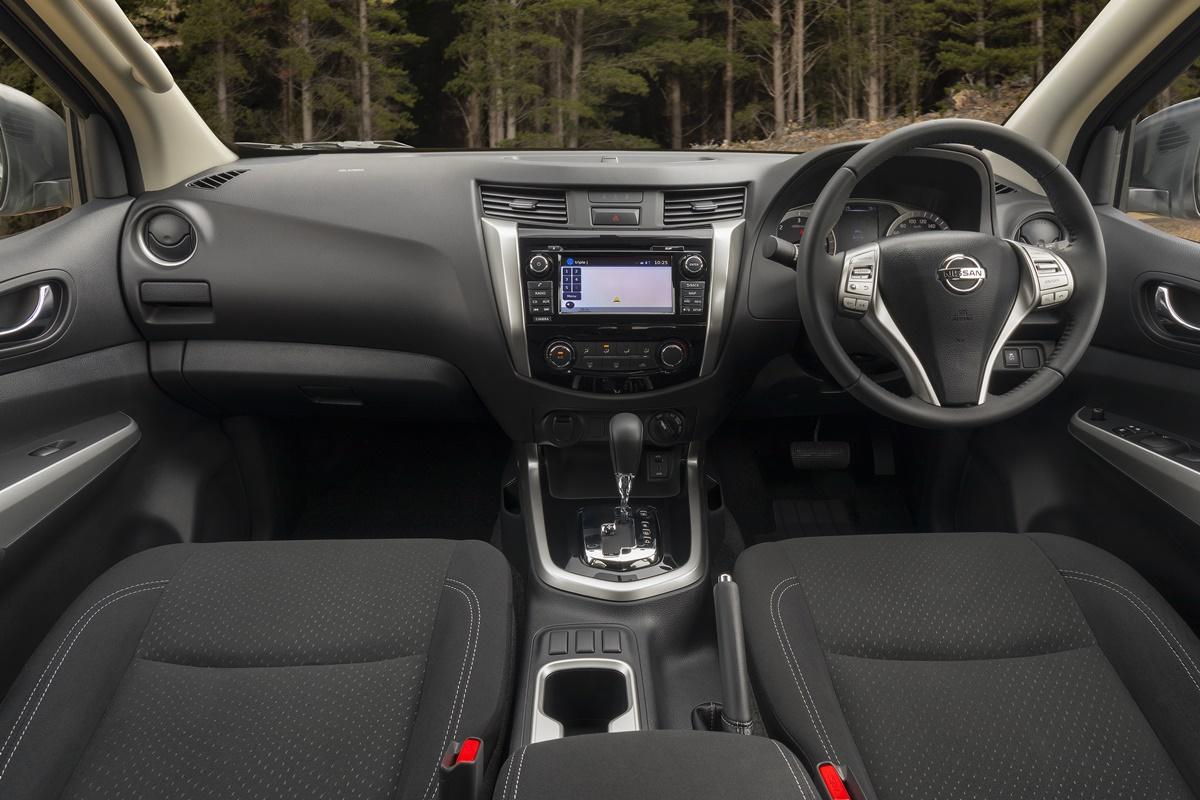 Nissan Navara ST Black Edition