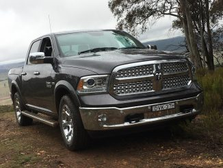 RAM 1500 Laramie front