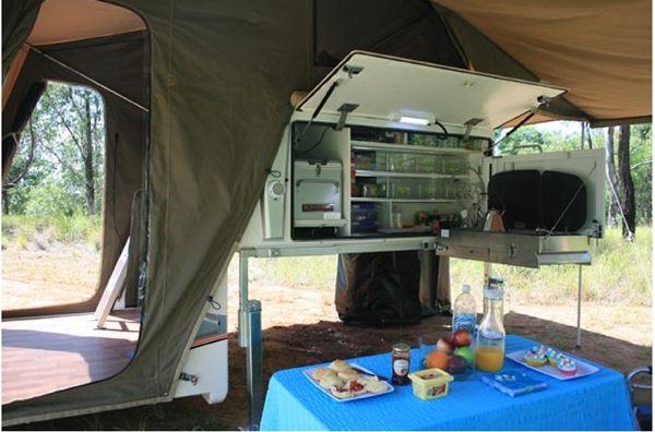 Travelander-Evron-SC2-Premium-Slide-on-Camper-kitchen-table