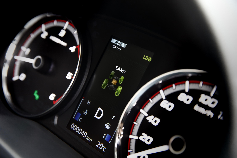 2019 Mitsubishi Triton GLS Premium 4WD 2 SAND