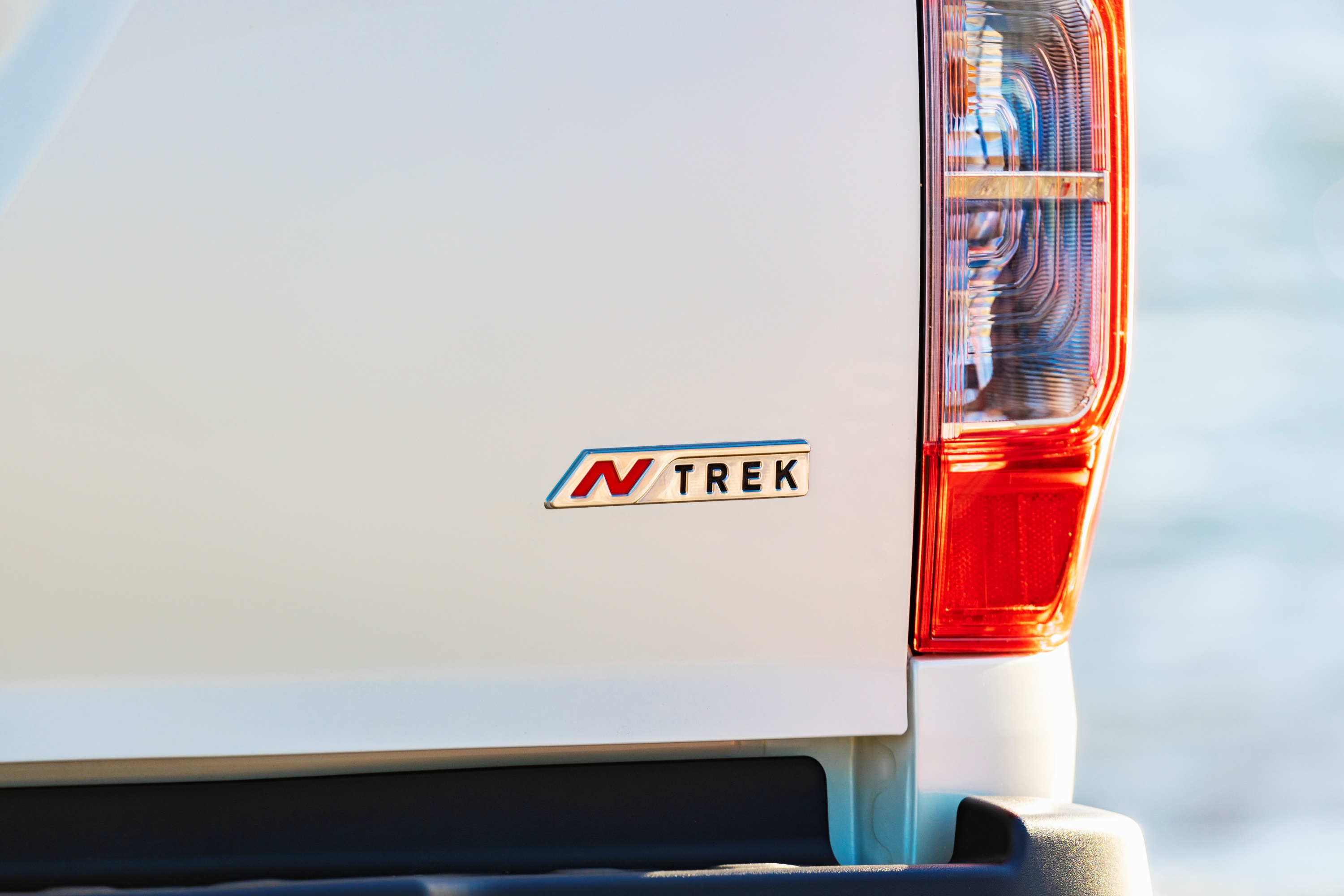 2019 Nissan Navara N-TREK rear badge