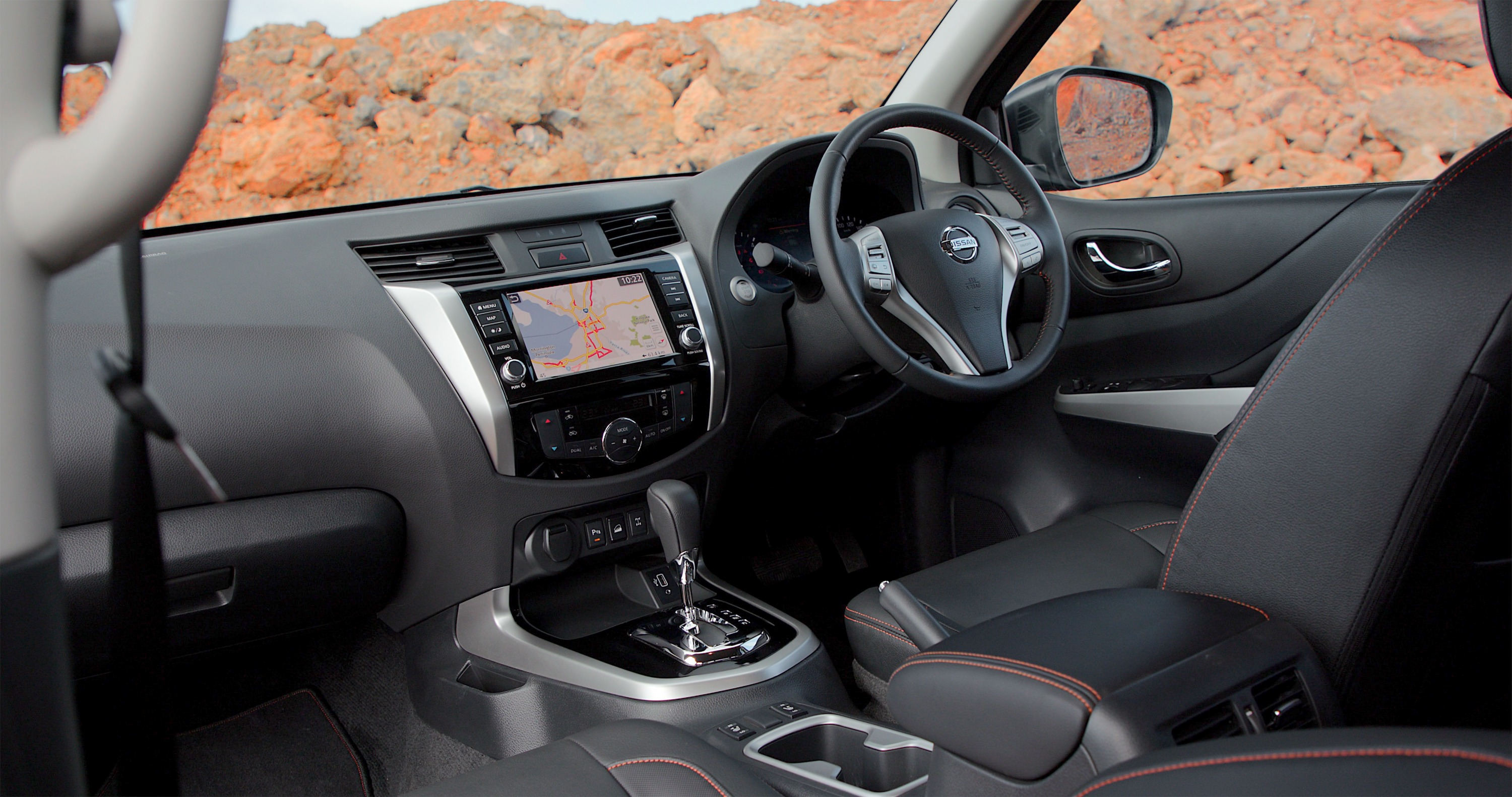 Nissan Navara N-TREK Warrior 21 interior