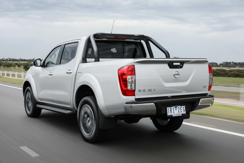 2020 Nissan Navara ST 3 rear exterior