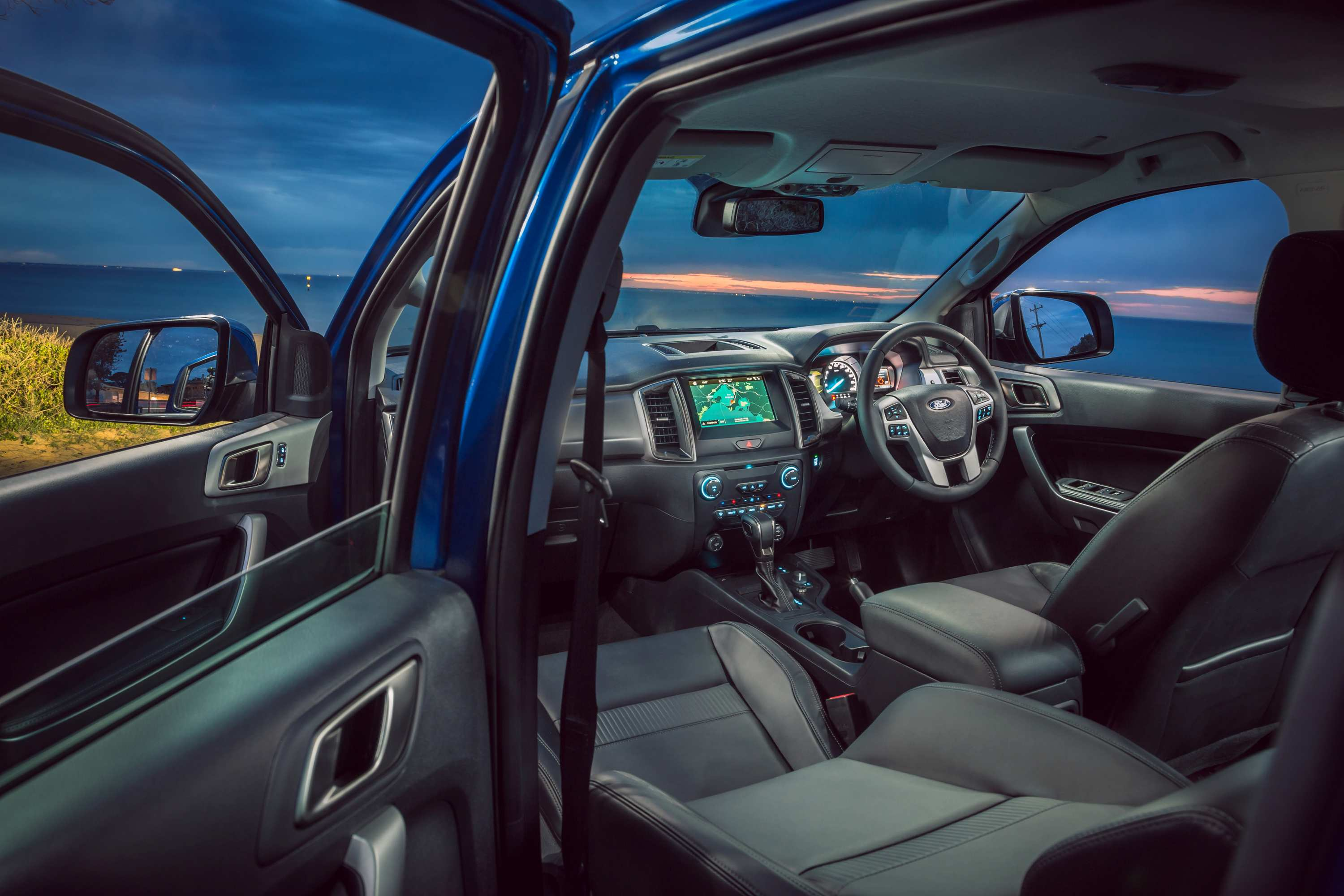 2020 Ford Ranger 4x4 XLT Double Cab Chassis cabin