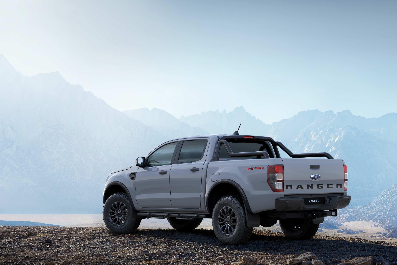 Ford_Ranger FX4 MAX 2020 rear
