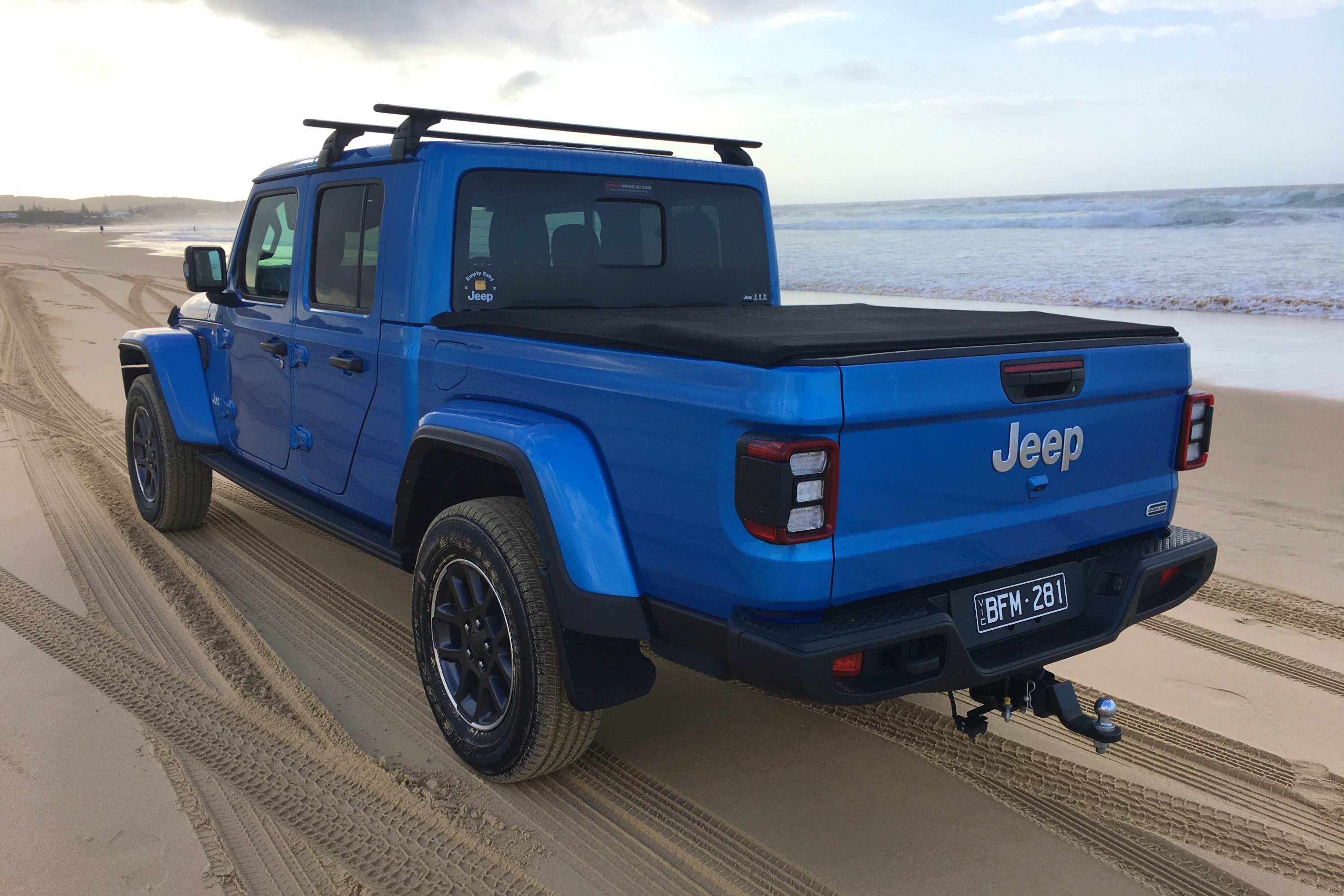 Jeep Gladiator Overland 4WD Ute rear