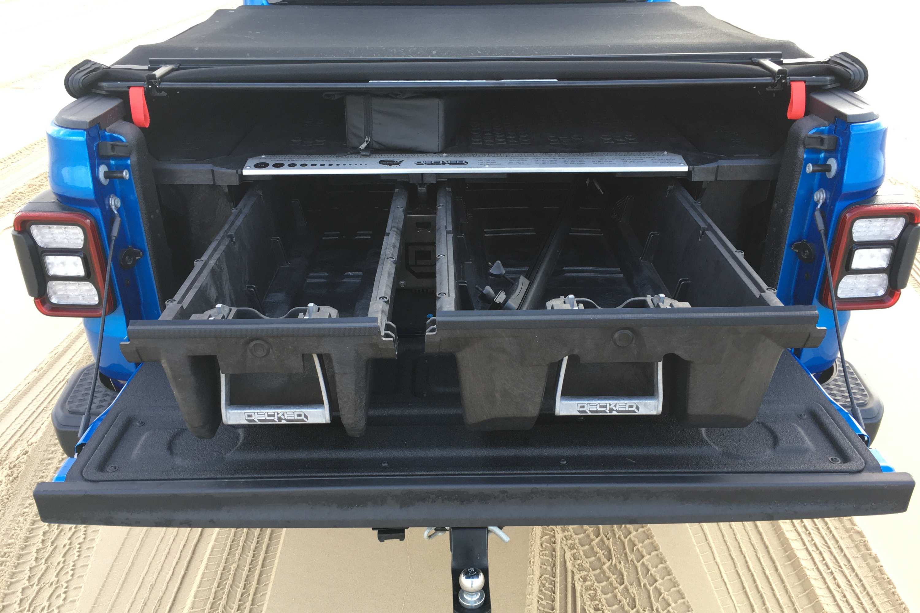 Jeep Gladiator Overland 4WD Ute tray