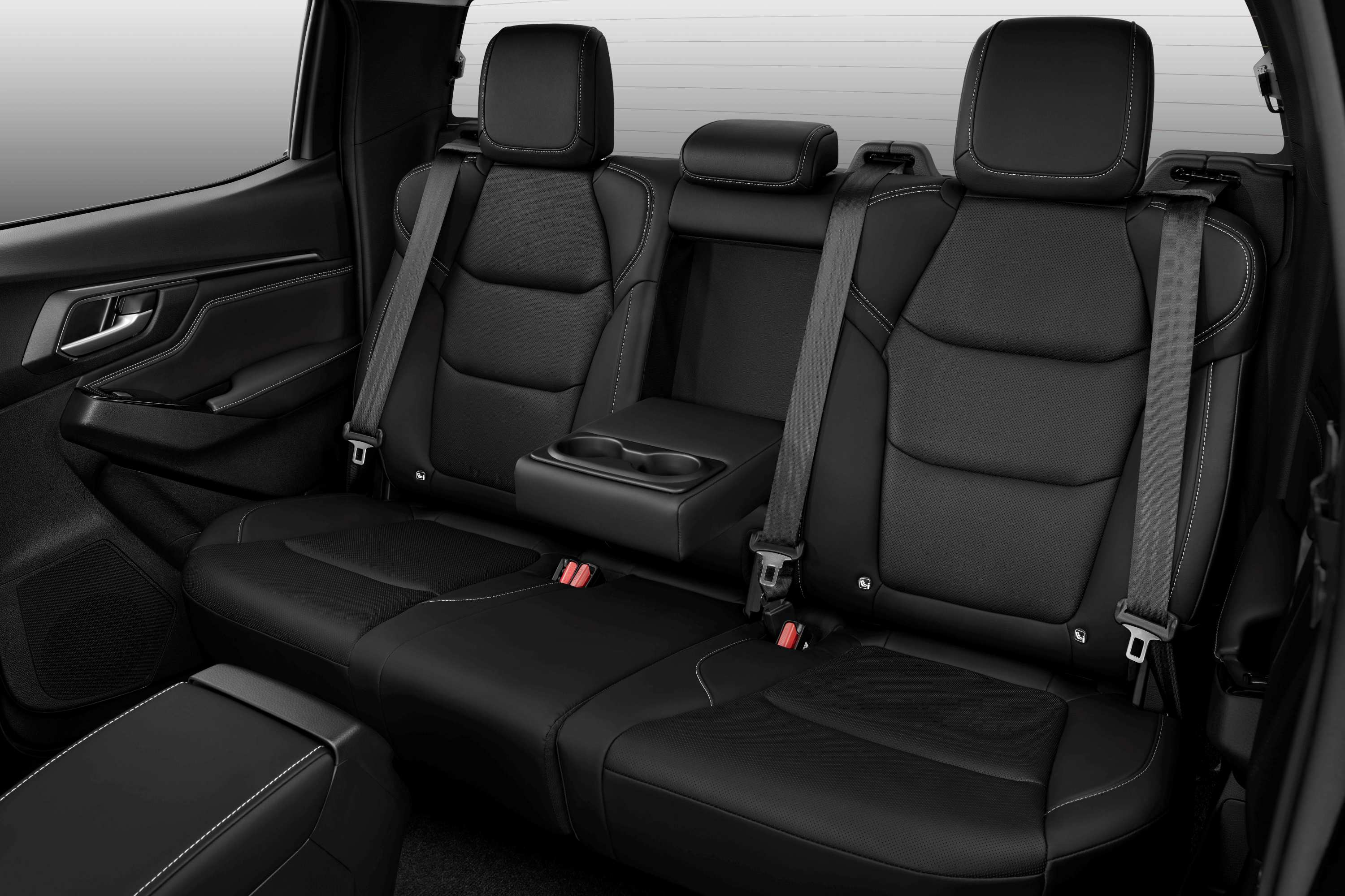 Isuzu D-MAX MY rear seats