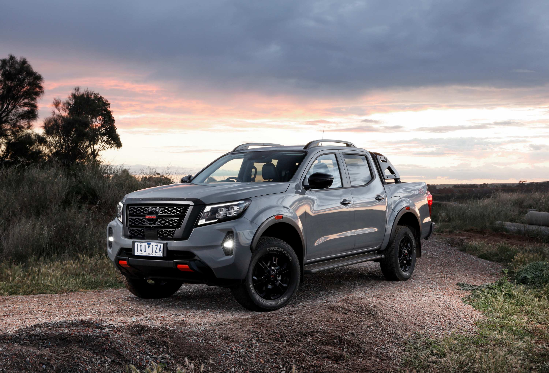 2021 Nissan Navara Update 1 Pro 4x front qtr