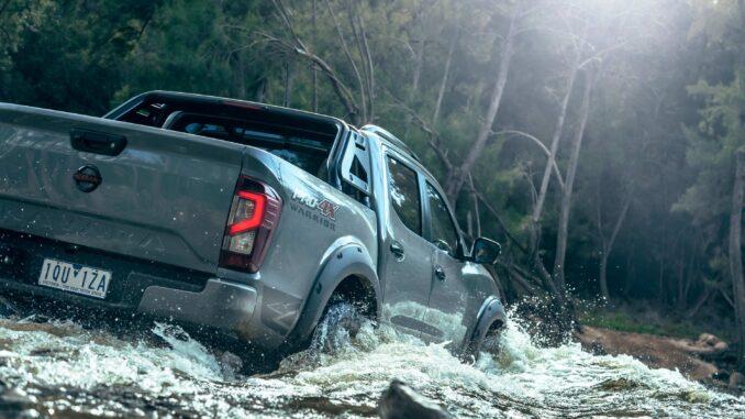 Nissan Navara PRO 4X WARRIOR rear water 1