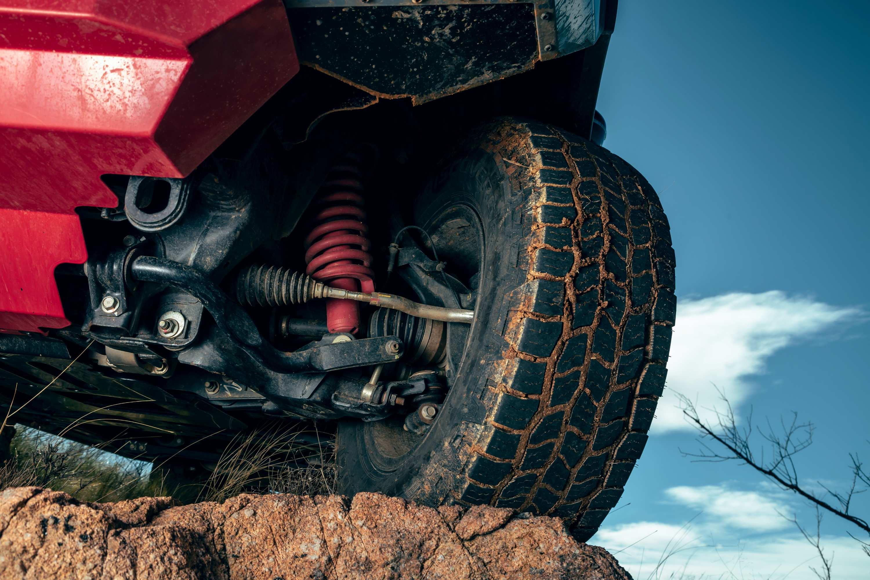 Nissan Navara PRO 4X WARRIOR suspension 1