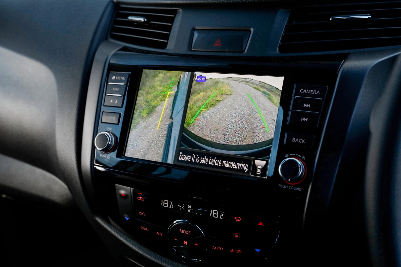 Nissan Navara (10) - Off-Road Monitor.JPG